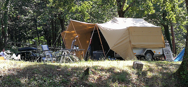Aart Kok Livingstone River Lodge Tent & Trailer vouwwagen