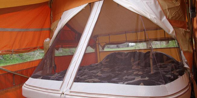 Het super size bed van Aart Kok kopen