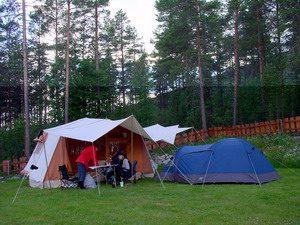 Tenttrailer Aart Kok op de camping