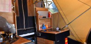 Aart Kok Adventure Tuareg vouwwagen keuken op de camping
