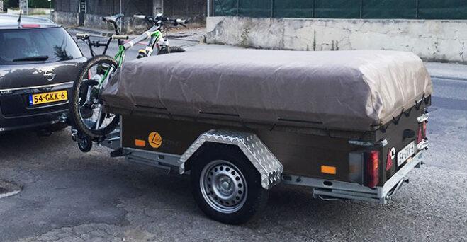 Livingstone Tent en Trailer vouwwagen dicht